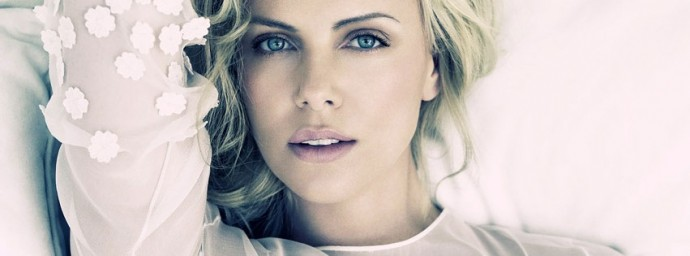 Charlize Theron jolie